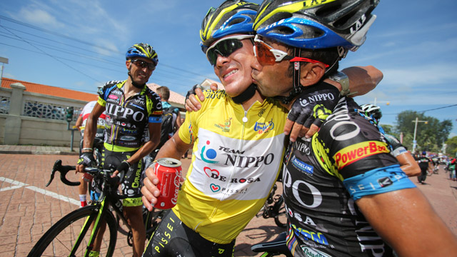 Julian Arredondo is congratulated  by his team-mate after taking the biggest win of his career at Le Tour de Langkawi  (Mark Gunter)