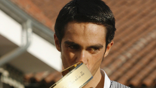 Alberto Contador returns to his hometown in Spain with the 2011 Giro d'Italia trophy. Photo: AAP