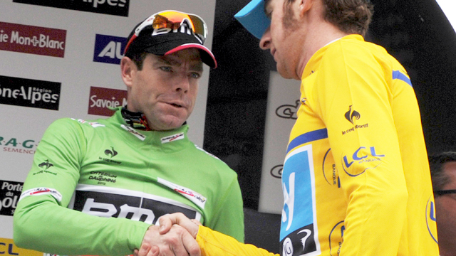 Challenge ... Tour de France Rivals Cadel Evans and Bradley Wiggins shake hands as the Dauphine ends (Getty Images)