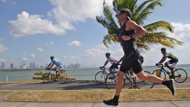 Lance Armstrong on the run leg of the Ironman Panama triathlon in Panama City February 12, 2012 (Reuters)