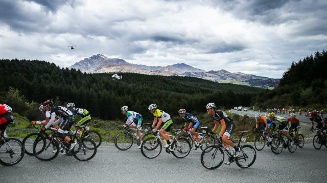 Don't forget the views! The Tour of Southland travels through some of New Zealand's most stunning scenery (Mark Gunter)