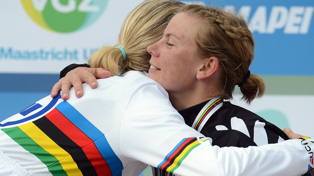 Sisterhood... Linda Villumsen congratulates Judith Arndt on becoming the 2012 time trial world champion  (Getty Images)