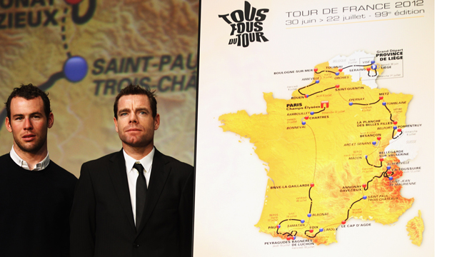 Mark Cavendish (left) and Cadel Evans (right) at the 2012 Tour de France presentation. Photo: Getty
