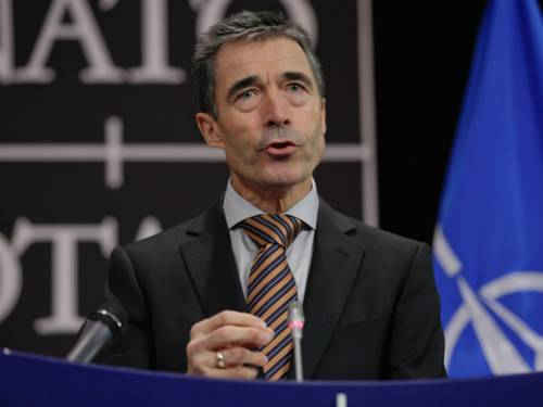 NATO chief Anders Fogh Rasmussen has called the Syrian army's use of missiles against rebels an act of desperation. (AAP)