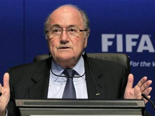 FIFA President Sepp Blatter gestures as he addresses a news conference after a meeting of the FIFA Executive Committee in Zurich March 30, 2012. REUTERS/Arnd Wiegmann