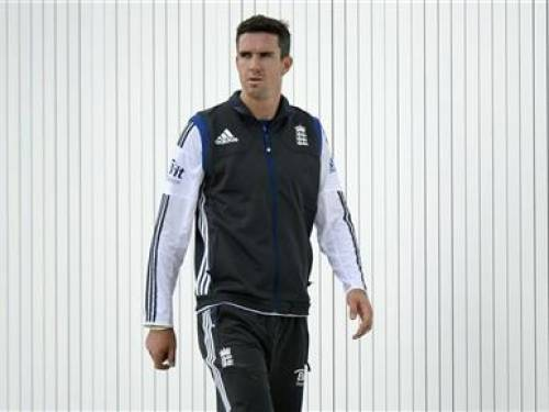 England's Kevin Pietersen looks on after a training session before the third cricket test match against the West Indies at Edgbaston cricket ground in Birmingham June 6, 2012. REUTERS/Philip Brown