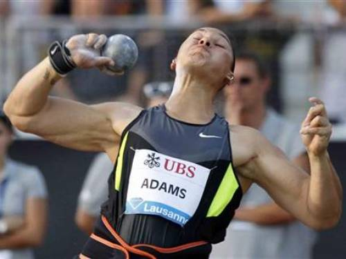 New Zealand's Valerie Adams competes in the women's shot put during the Athletissima Diamond League meeting in Lausanne August 23, 2012. REUTERS/Pascal Lauener