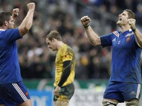 France's Vincent Debaty (L) and Pascal Pape celebrate after beating Australia during their team's rugby test match at the Stade de France stadium in Saint-Denis, near Paris, November 10, 2012. REUTERS/Gonzalo Fuentes