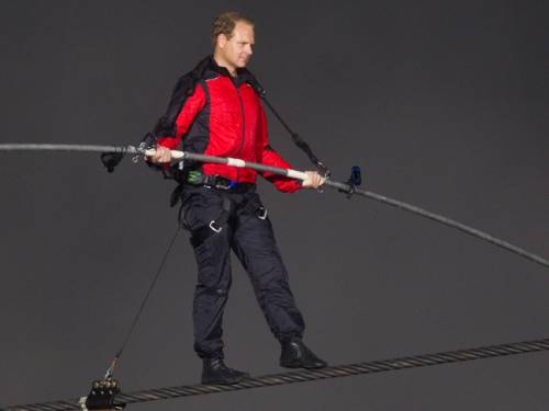 Famed tightrope walker Nik Wallenda. (Getty)