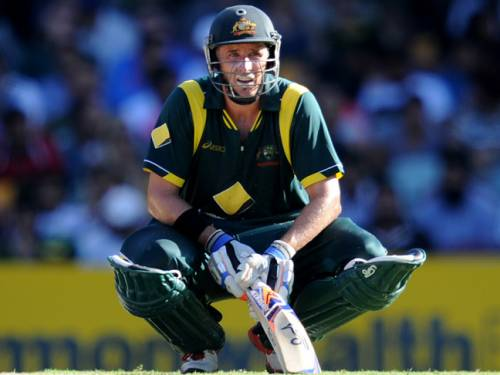 Veteran Mike Hussey is urging his Australian teammates to put their heavy loss in game two behind them. (AAP)