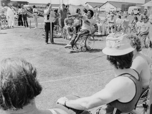 A javelin thrower at the Stoke Mandeville Games in 1974. (Getty)
