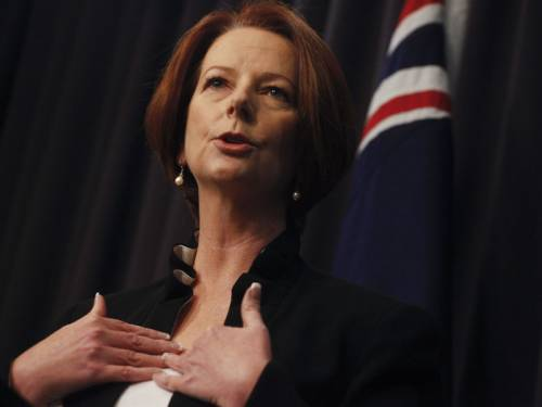 Prime Minister Julia Gillard says she will visit India before the end of the year. (AAP)