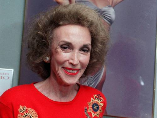 Helen Gurley Brown, the saucy editor of Cosmopolitan magazine, has died in New York aged 90. (AAP)