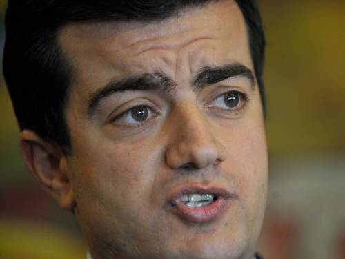 Labor general secretary Sam Dastyari has put a motion to NSW to end preferencing the Greens. (AAP)