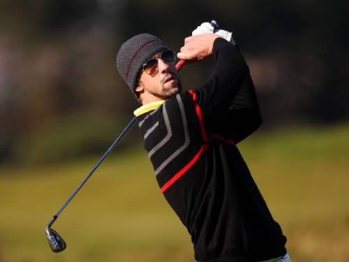Olympic swimming champion Michael Phelps has holed a massive putt at the Dunhill Links Championship. (AAP)