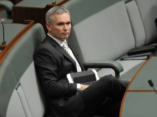 PM Julia Gillard says independent MP Craig Thomson (pic) is entitled to vote as he wishes. (AAP)