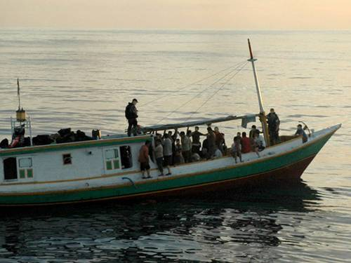 A suspected asylum seeker boat with 53 people aboard has been spotted off Christmas Island. (AAP)