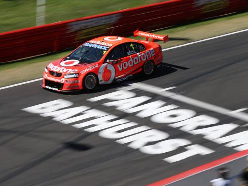 Rain is expected to strike ahead of the top 10 shootout at Mount Panorama. (AAP)