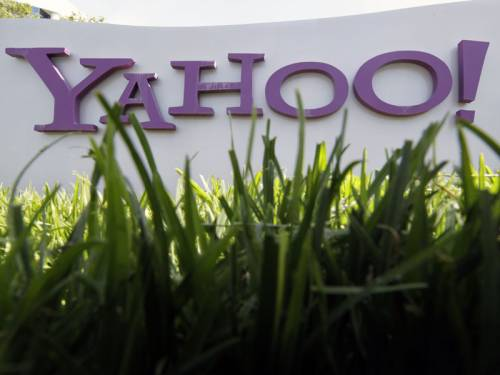 Hackers have looted nearly half a million passwords and email addresses from a Yahoo! server. (AAP)