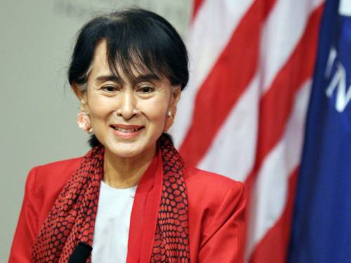 Freed in 2010 after 15 years of under house arrest, Suu Kyi has received a rapturous welcome on her first visit to Washington since her release. (AAP)