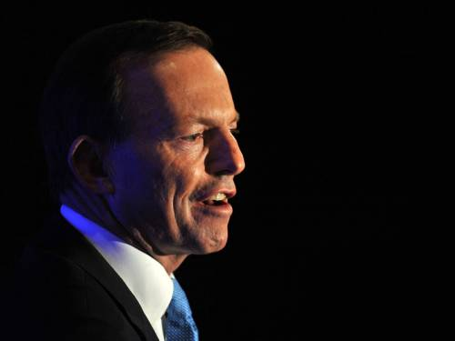 Tony Abbott says asylum seekers should not expect five star treatment when they arrive in Nauru. (AAP)