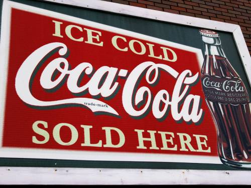 Coca-Cola Amatil has signed a deal that will give it access to a state-of-the-art brewery in NSW. (AAP)