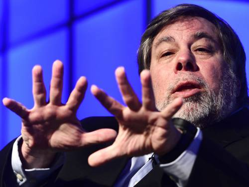 Apple co-founder Steve Wozniak revealed he hopes to become an Australian citizen. (AAP)