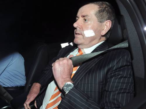 MP Tony Windsor says Peter Slipper (pic) should return to the Speaker's chair if cleared. (AAP)