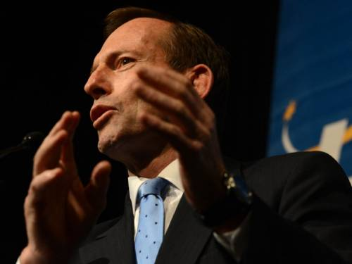 Opposition Leader Tony Abbott says there are issues with social media that need examination, something a coalition taskforce was doing now. (AAP)