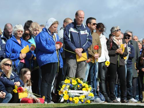 A commemoration ceremony has begun at Coogee for those killed and injured in the Bali bombings. (AAP)