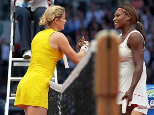Kim Clijsters (L) has hailed Serena Williams the greatest women's player in tennis history. (AAP)
