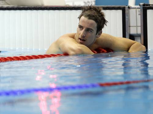 James Magnussen has missed out on a gold medal by 0.01 seconds in the 100m freestyle final. (AAP)