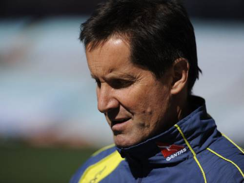 The Wallabies presented a united front behind embattled rugby coach Robbie Deans. (AAP)