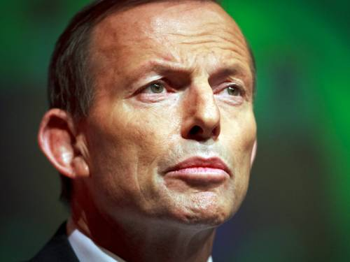 Opposition Leader Tony Abbott says a coalition government would restore defence spending. (AAP)