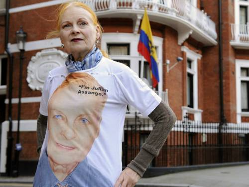 Vivienne Westwood (pic) will sell T-shirts in support of Wikileaks founder Julian Assange. (AAP)
