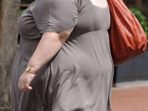 Californian scientists have shown a link between obesity and the time a person eat meals. (AAP)