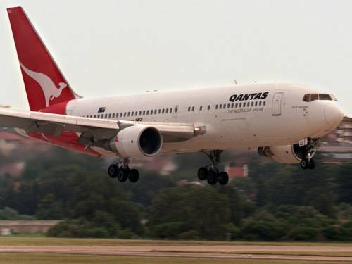 Qantas had some extra passengers hitching a ride. (Getty)