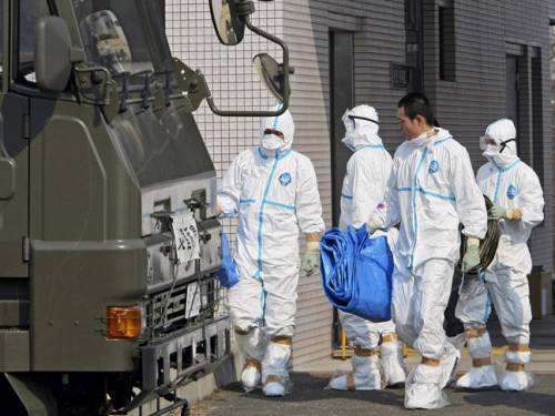 Japanese officials have ordered an investigation into claims the crippled Fukushima nuclear plant told workers to lie about their radiation exposure. (AAP)