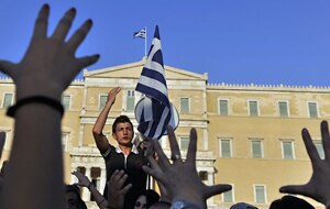 Markets wait on Greece. (Getty)