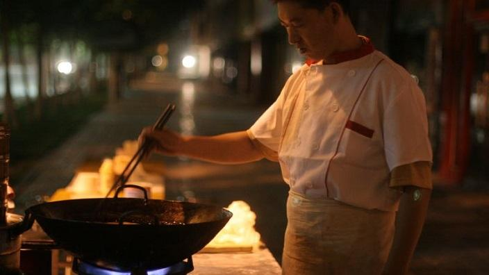 Early morning street cooking