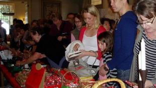 Julemarkeder kan få danskere til at samles. Her ved et tidligere marked i Melbourne.