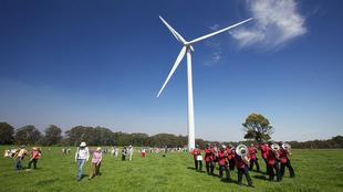 Finansieringen af Hepburn Wind Farm blev fundet ved hjælp af en dansk andelsmodel.