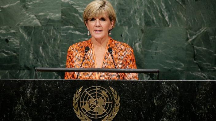 Si Julie Bishop habang ipinahahayag ang pgasali ng Australya sa pwesto ng UN
