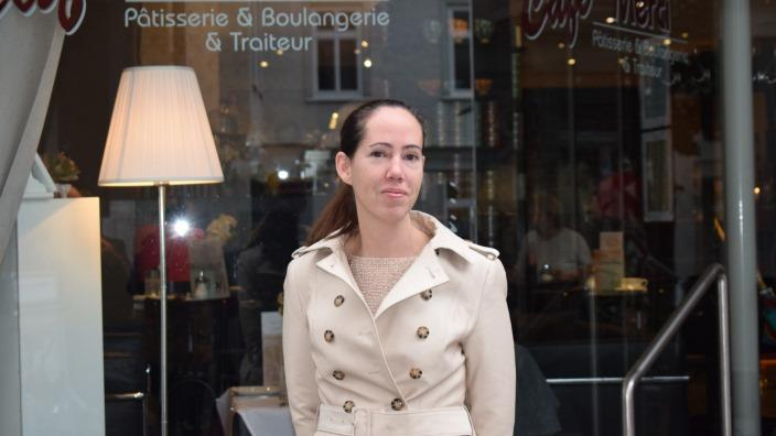 Seit 13 Jahren in Deutschland: Die Exil-Australierin Libby Pallasky in der Altstadt von Bad Homburg