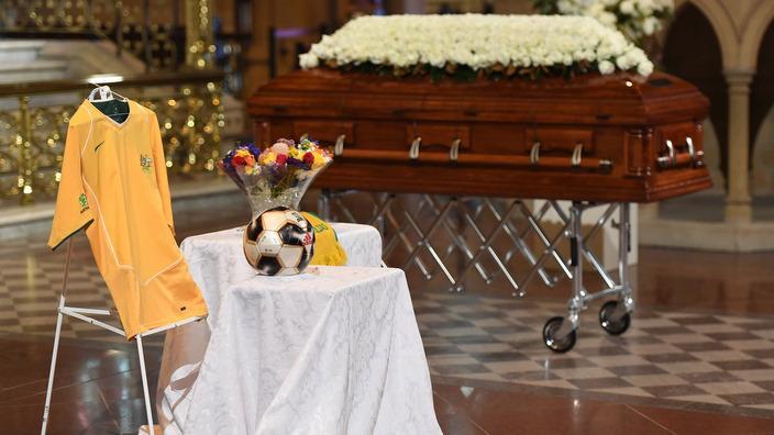 Les temetése
