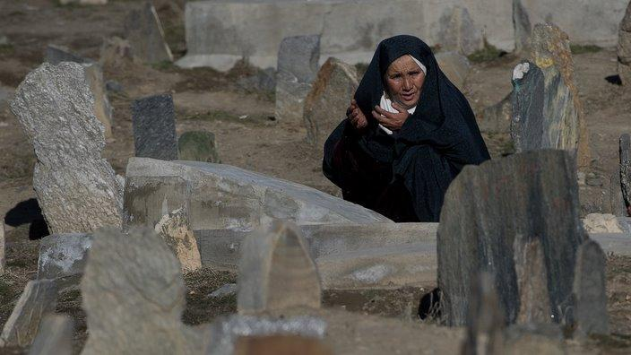 Afghan Cemetery_NICOLAS ASFOURI-AFP-Getty Images