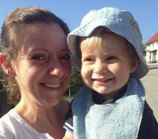 Bernadette Šmon s sinom Lukom