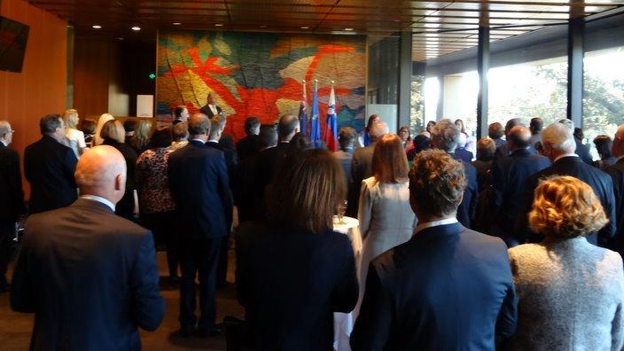 Udeleženci prireditvi v parlamentarni hiši NSW