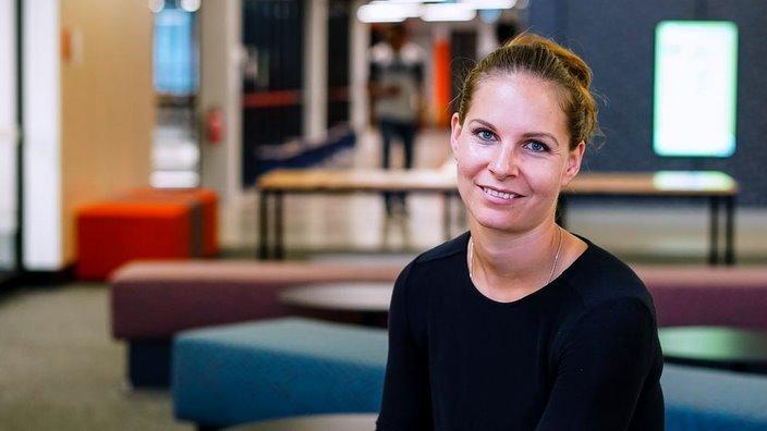 Dr. Kaja Antlej