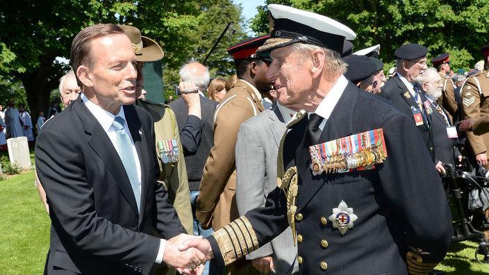 PM Tony Abbott (L) meets Prince Philip in June 2014 (AAP)